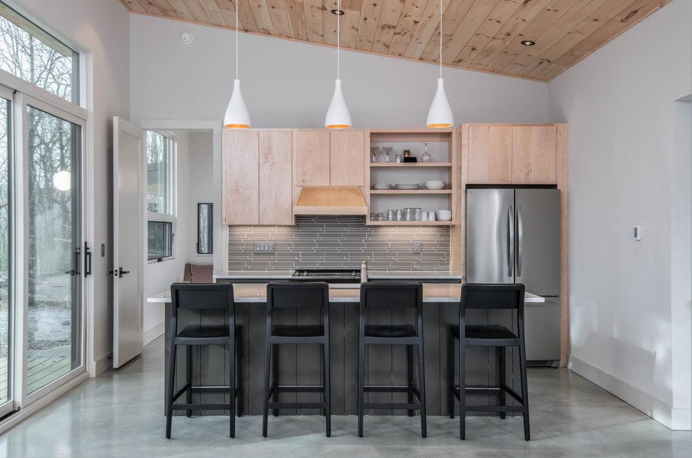 Rusafova Markulis Architects, Sapphire Cabin in Sapphire, N.C.