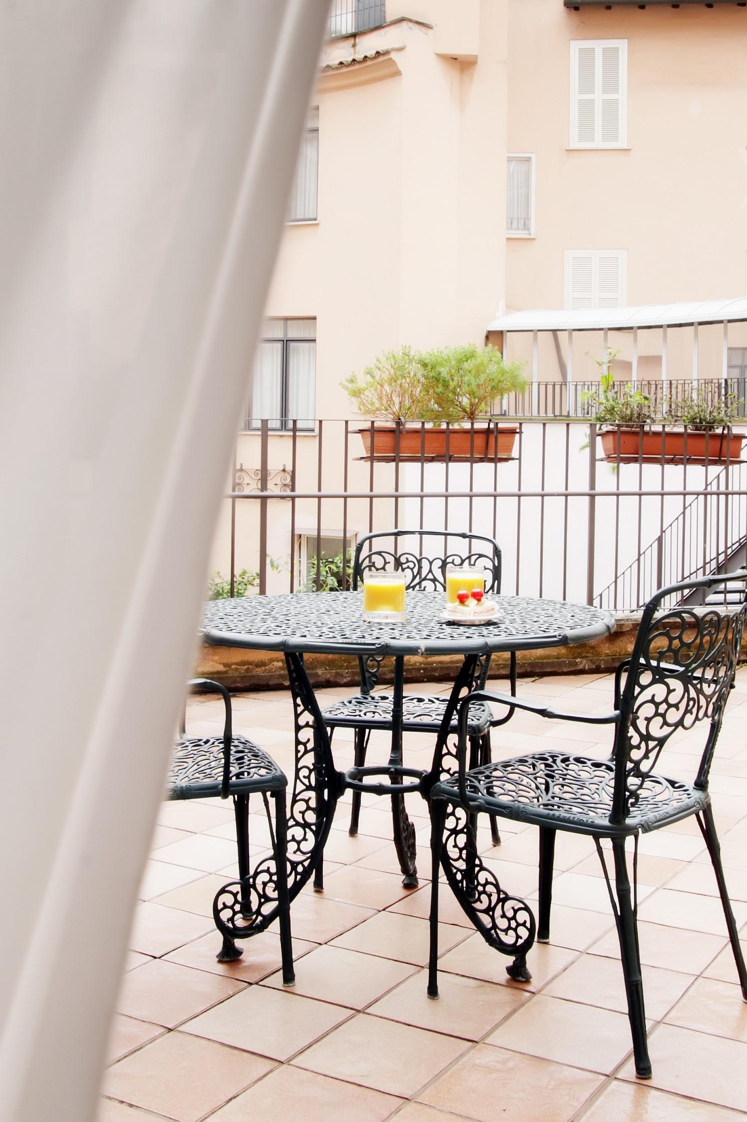 Balcony, Albergo Santa Chiara