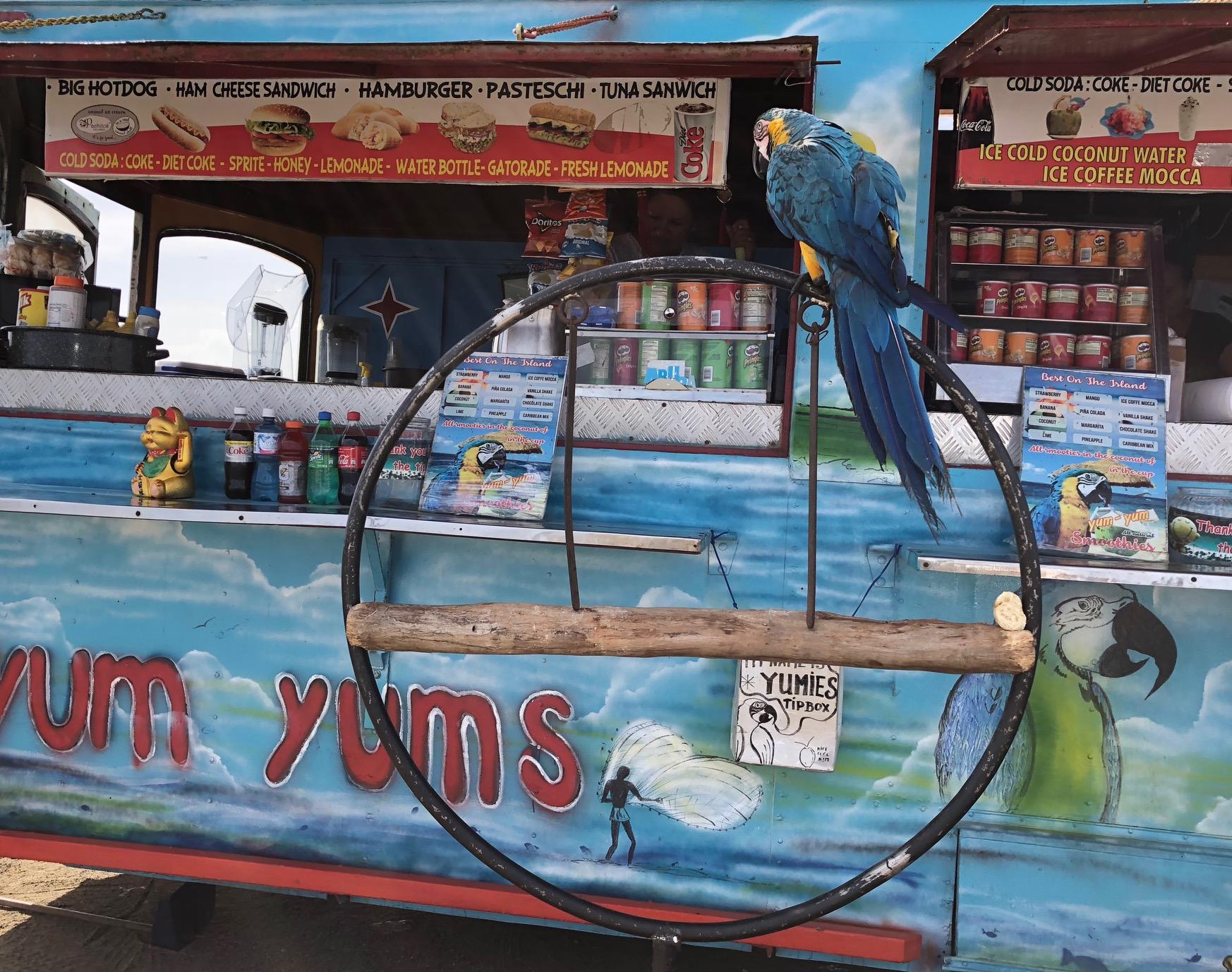 Aruba: Yum Yum's Pop-Up Shop