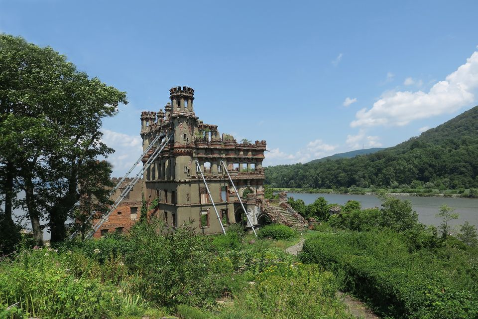 Bannerman-Castle-photo-by-Paul-Clemence-5