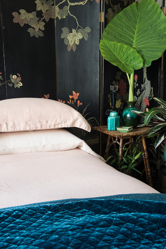 Bella Notte 2020 Spring Lifestyle, Linen in Rouge + Silk Velvet Quilted in Cenote