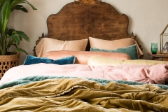 Bella Notte 2020 Spring Lifestyle, Austin in Rosegold + Carmen Personal Comforter in Honeycomb