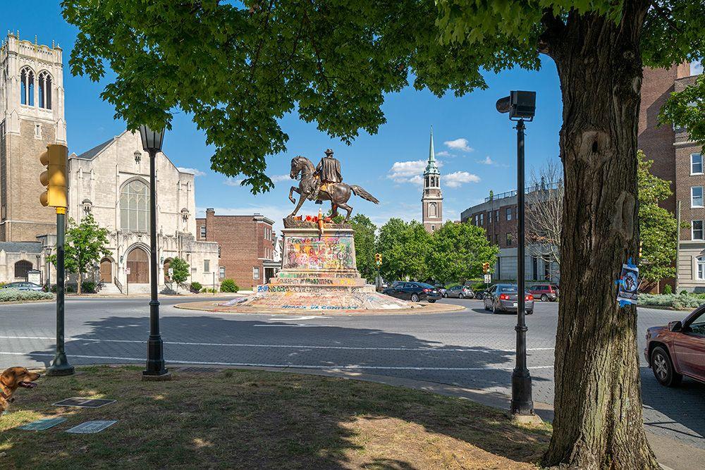 Monument-Stuart