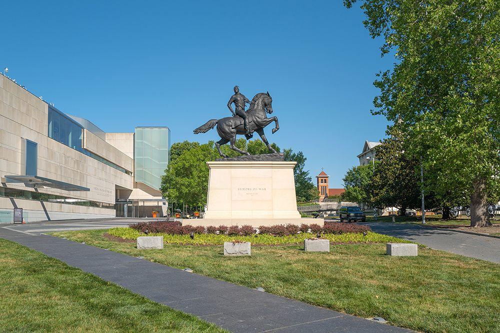 Monument-VMFA