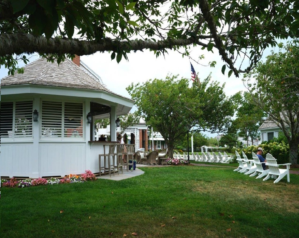 Chatham Bars Inn, Cape Cod, Outdoor Bar