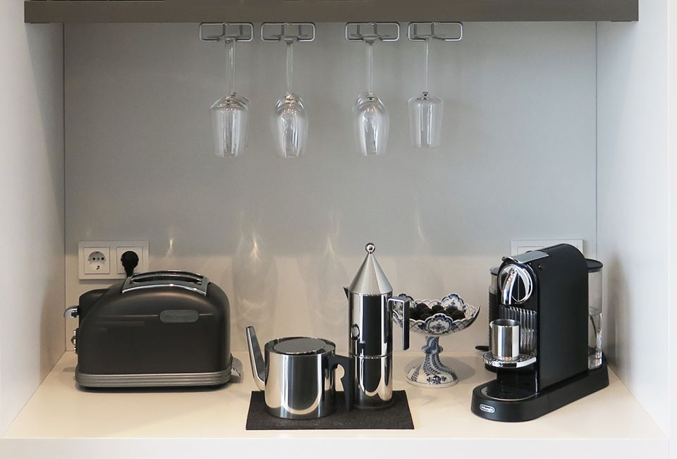 Kitchen Counter,  Cologne Penthouse by Oliver Weirich; Photo by Paul Clemence