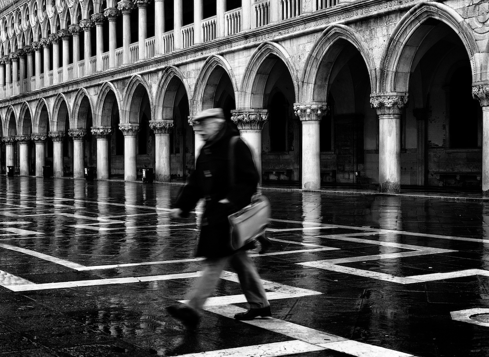 ©Tony Sellen: Dream of Venice in Black and White