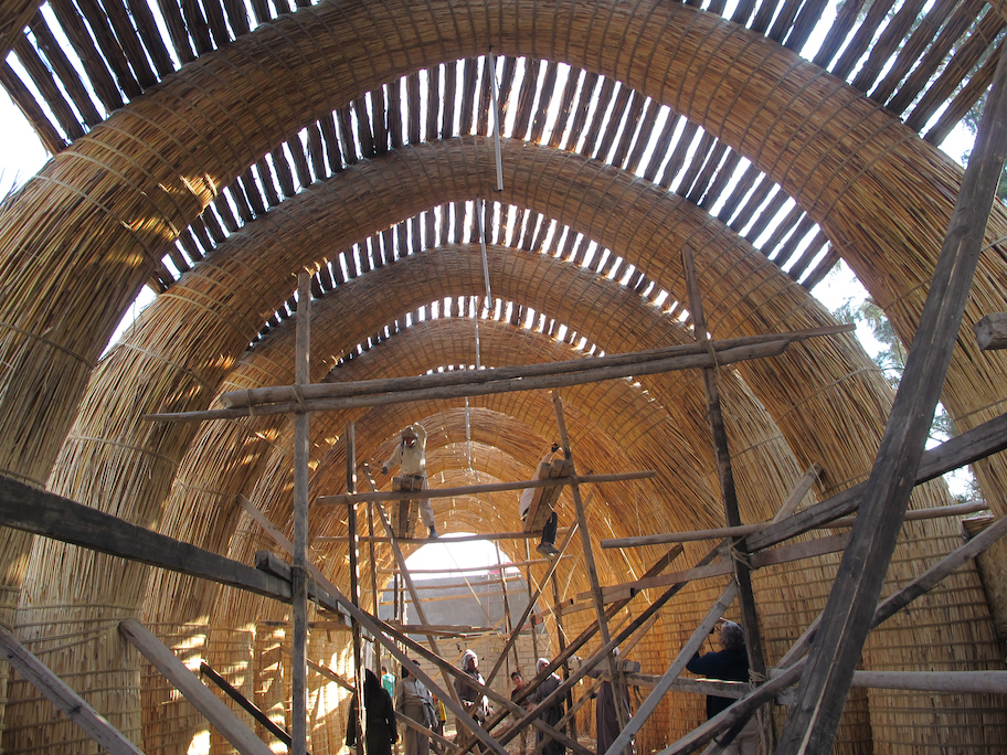 Lo-TEK: In the Southern Wetlands of Iraq, an entire Ma'dan house, which is built entirely of qasab reed without using mortar or nails, can be taken down and re-erected in a day.