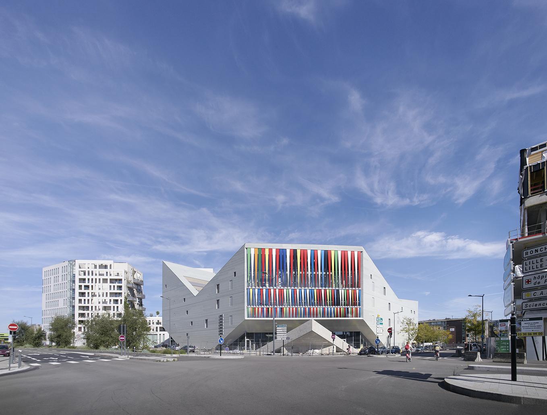 Lille Hostel, Porte de Vallencienne