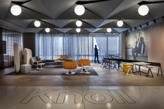 Knoll Showroom, Los Angeles, by ARO
