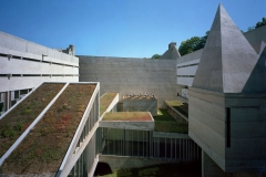 Le Corbusier, Corbusier La Tourette