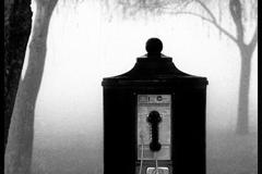 Phone in Fog, (c) Louis Sahuc
