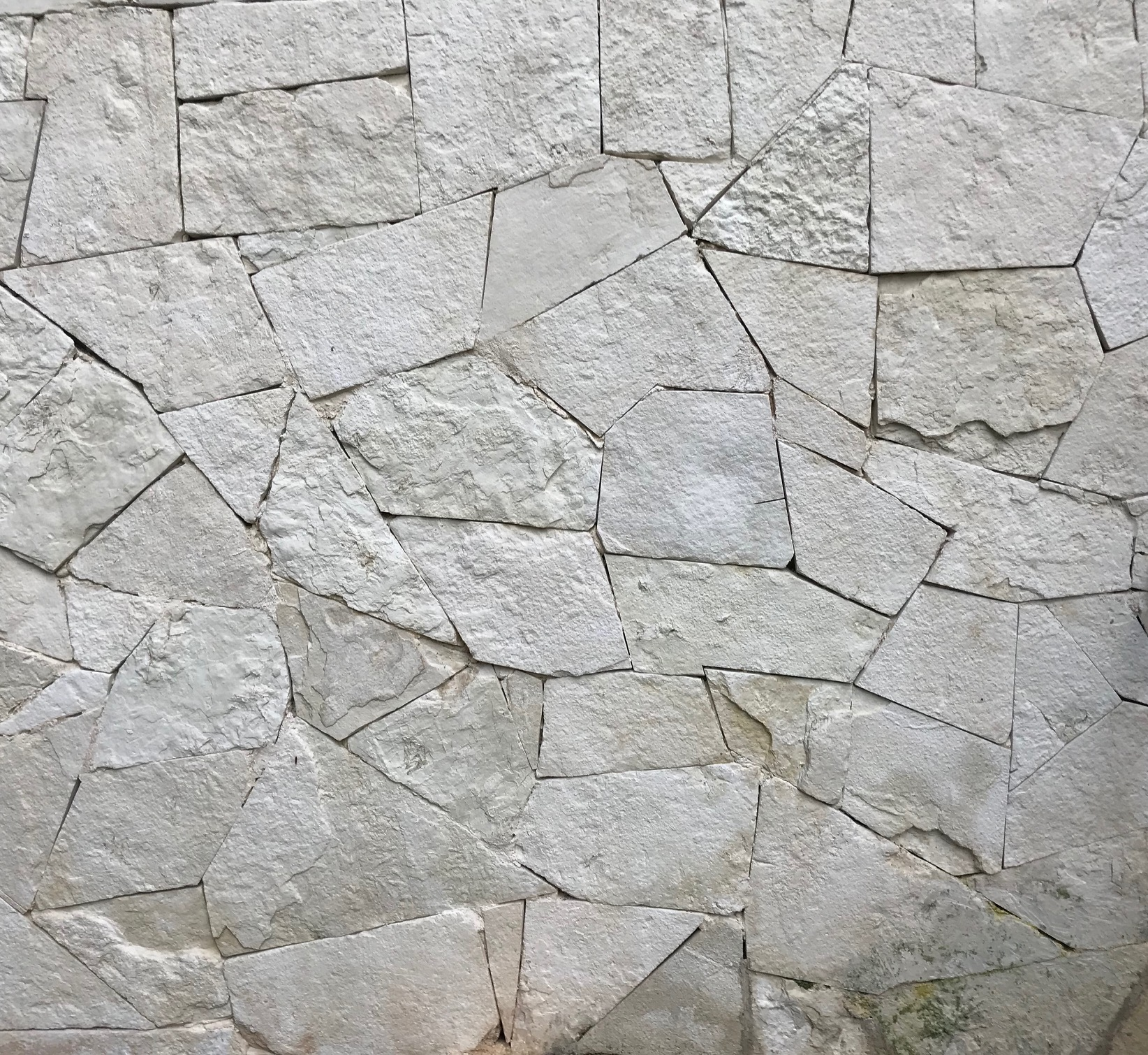 Rough Stone Wall, Mahekal Resort, Mexico