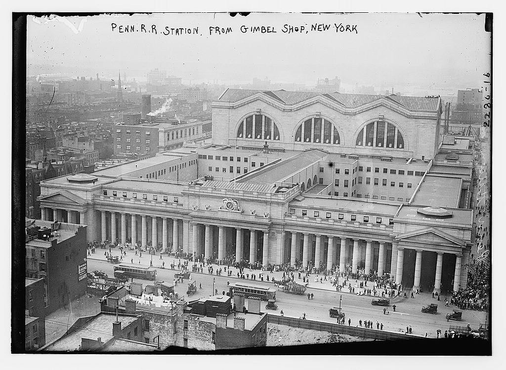 PennStation_from_Gimbel_shop_Bain_News_Service_Publisher_1910-1915_LIbrary_of_Congress