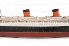 Bassett-Lowke LTD, Model of Queen Elizabeth, 1947–1948. White mahogany, gunmetal, brass. Peabody Essex Museum, Gift of Cunard Line Ltd., 1970, M14220. © 2016 Peabody Essex Museum. Photography by Kathy Tarantola
