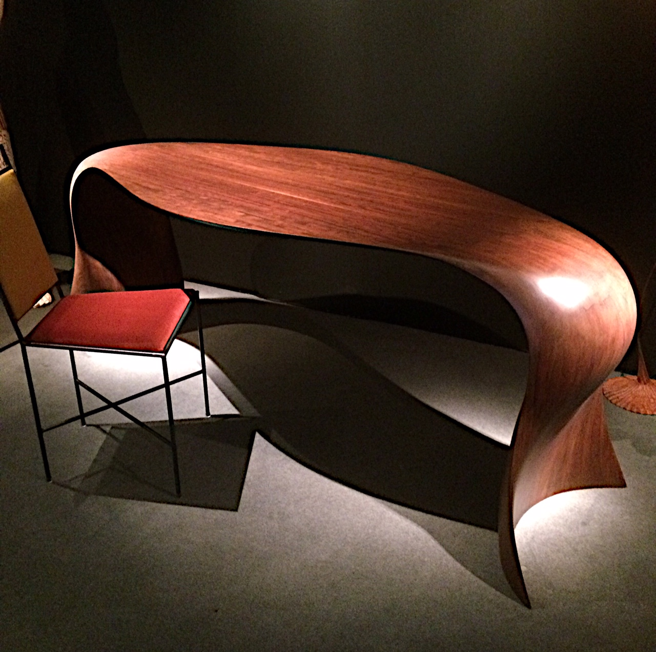 Antonine Catzeflis table by Benjamin Paget