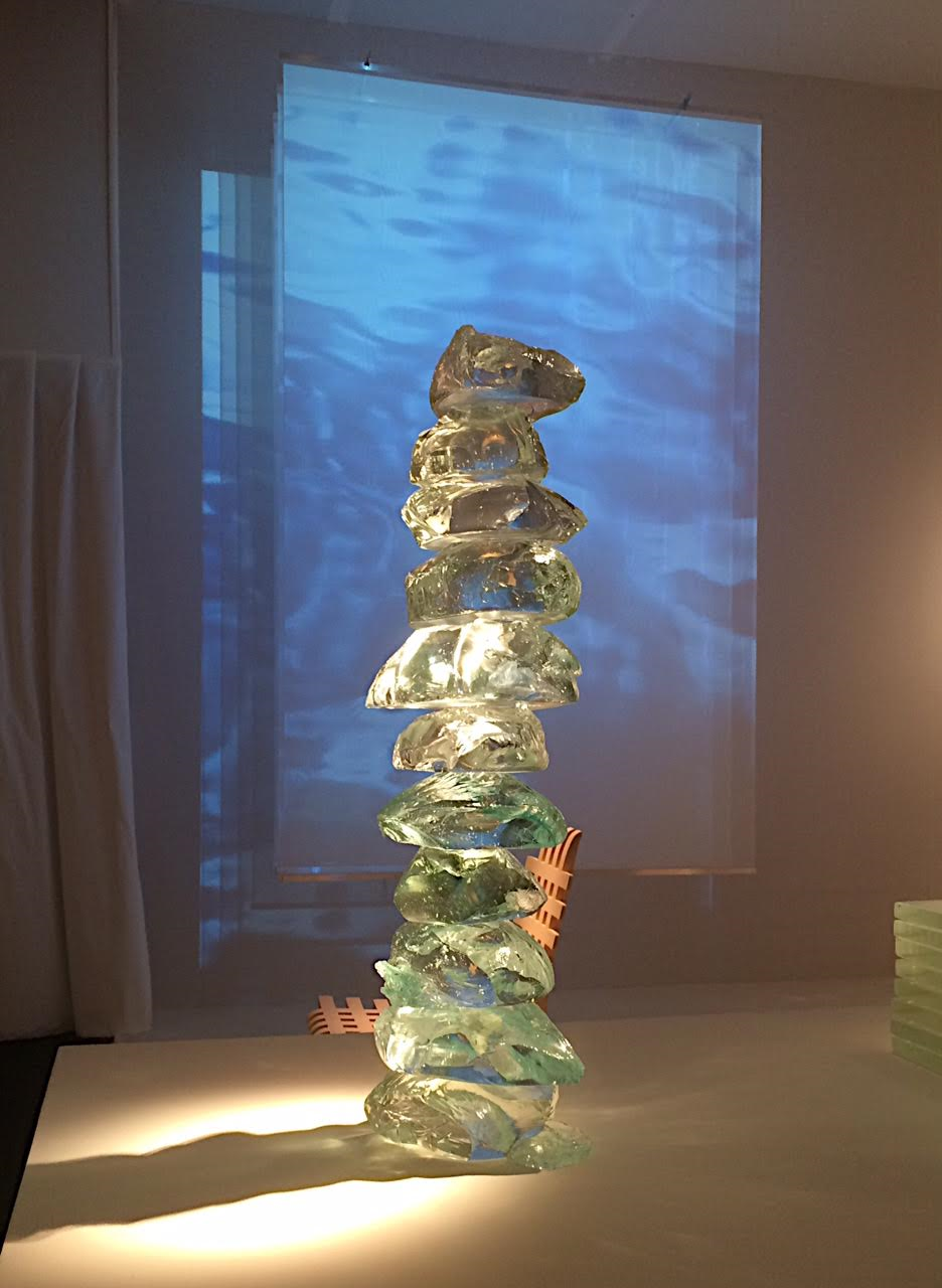 'Fusion' sculpture in Murano glass by Ilka Suppanen, 2016. Gallery Maria Wettergren