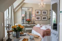 Saumur, dining, Paris Perfect