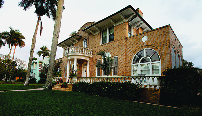 River & Road: Fort Myers Architecture from Craftsman to Modern