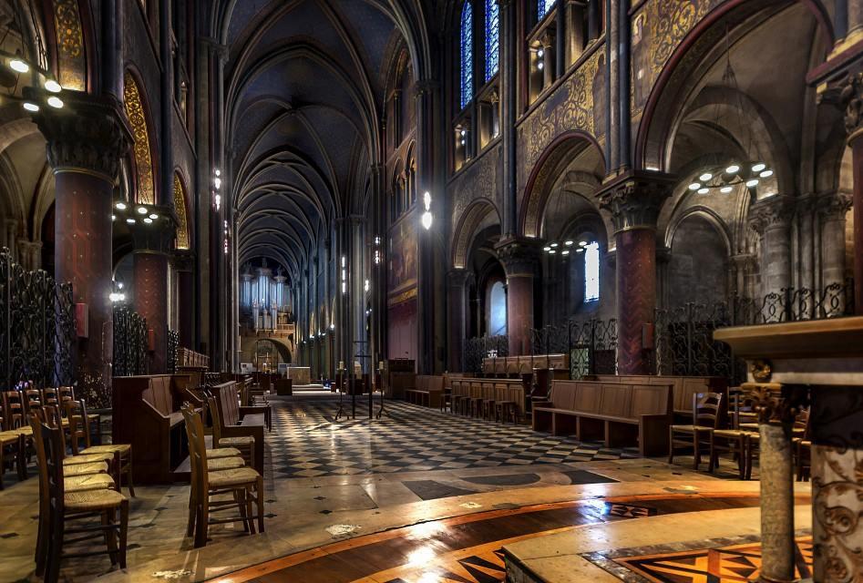 Saint Germain des Prés: Deambulatory
