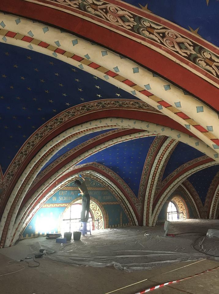Saint Germain des Prés: Under the Arches
