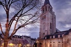 Saint Germain des Prés: Exterior night shot