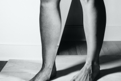 Kim Hoeckele, Legs in Contrapposto with birch and oak stage, 2018. Courtesy the artist.