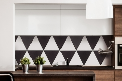 Shapes from clé: Black and White Triangle