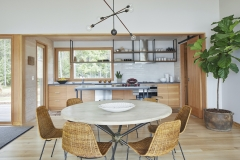 Splinter-Creek-Dining-Room-and-Kitchen