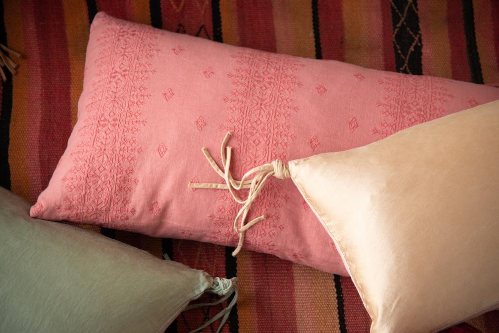 Bella-Notte-2021-Spring-Lifestyle-Taline-Ines-Poppy-Rouge-Honeycomb-Eucalyptus-6-