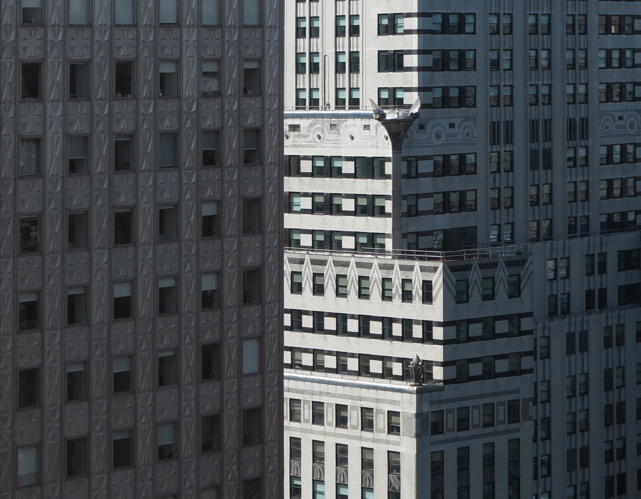 Chrysler-Building-photo-by-Paul-Clemence-7