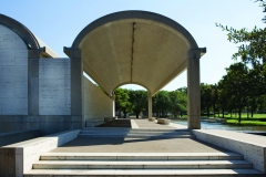 Kahn, Colonnade