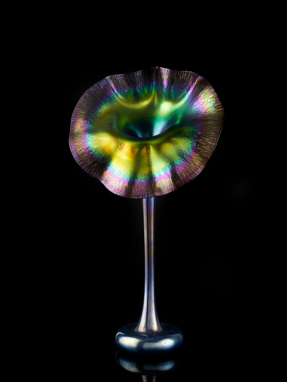 Tiffany Studios, Jack-in-the-Pulpit Vase, 1907–10, blown glass. Photograph by John Faier. © 2013 Driehaus Museum