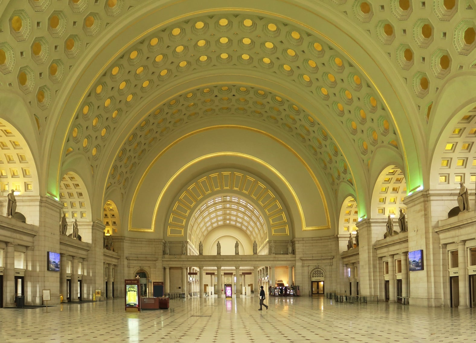 union-Station-Washington-DC-photo-by-Paul-Clemence-3-1