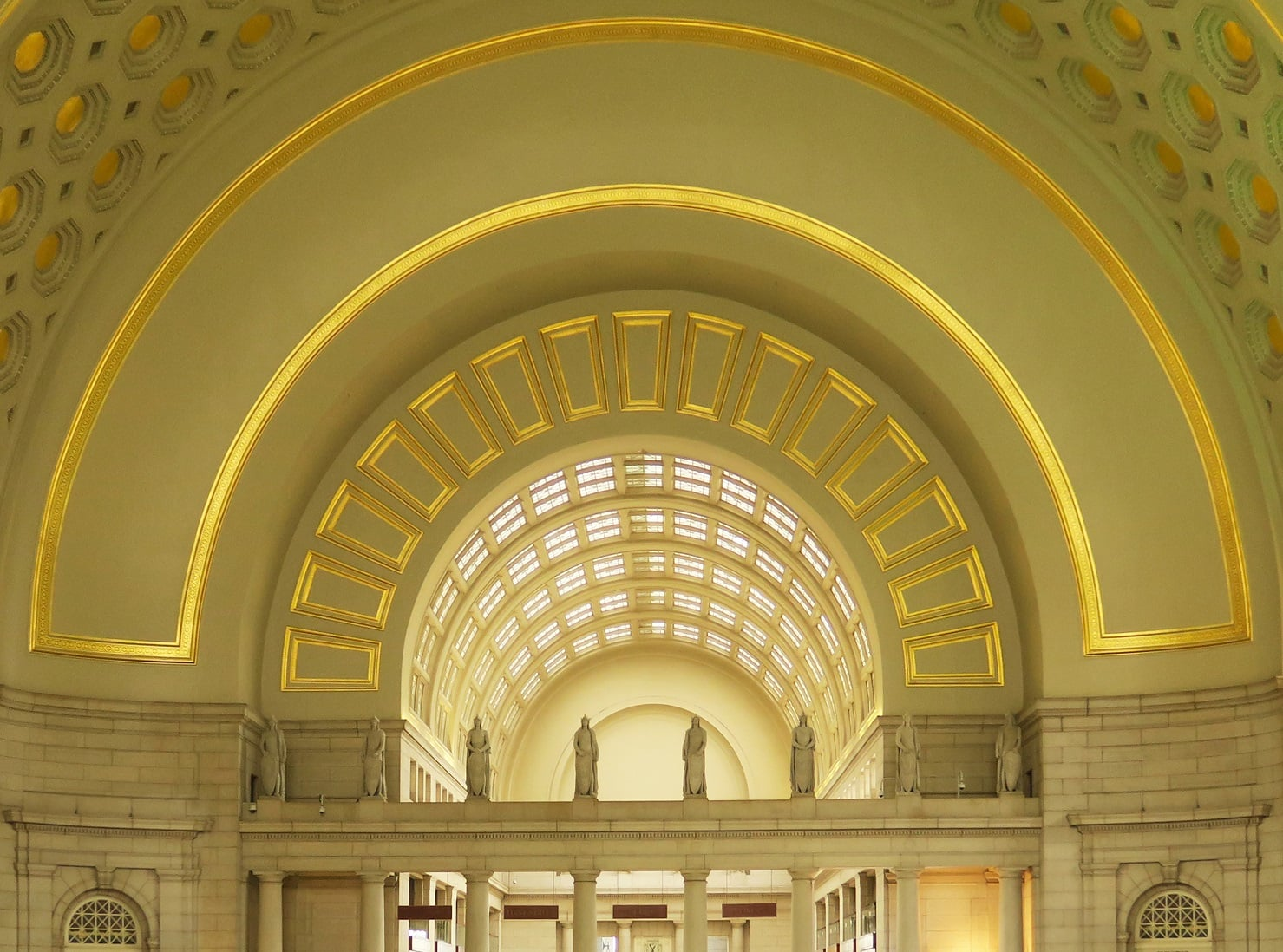 union-Station-Washington-DC-photo-by-Paul-Clemence-5
