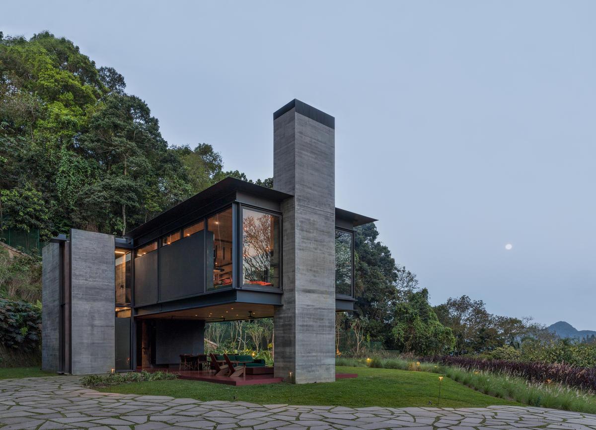 RIO HOUSE