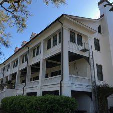 A Genteel Greyfield Inn
