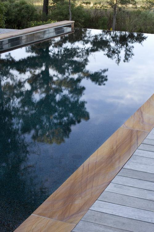 pool reflect