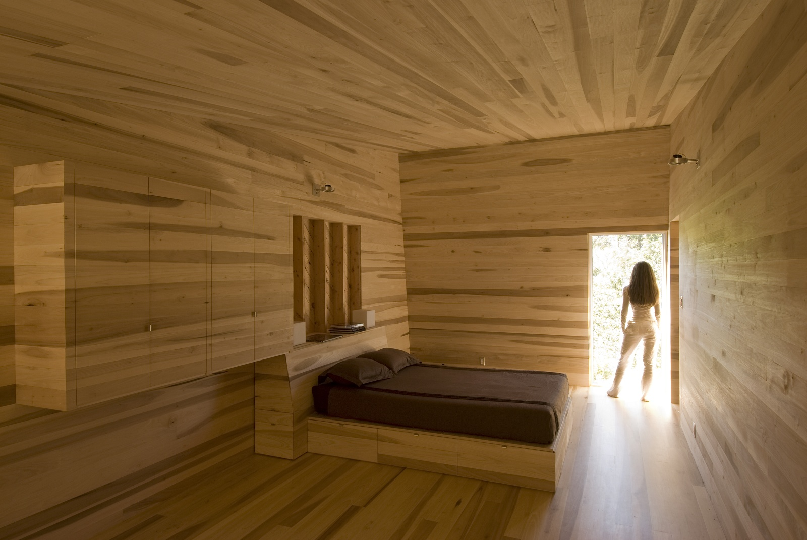 slidinghouse4