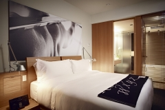 le_germain_maple_leaf_square_guestroom_0