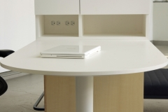 8_integrated-workstation-3