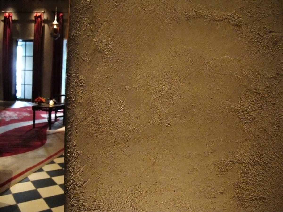 joelowres-close-up-crushed-limestone-stucco-gramercy-park-hotel