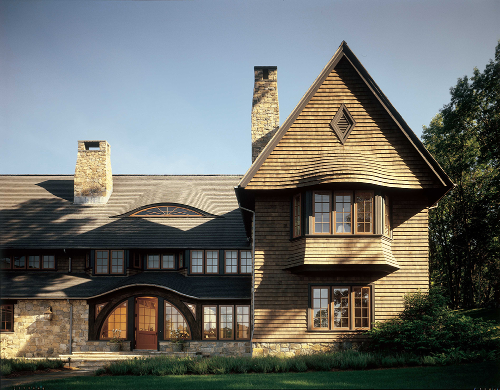 Tom kligerman s shingle style homes architects and artisans for Shingle style homes