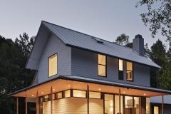12-farmhouse