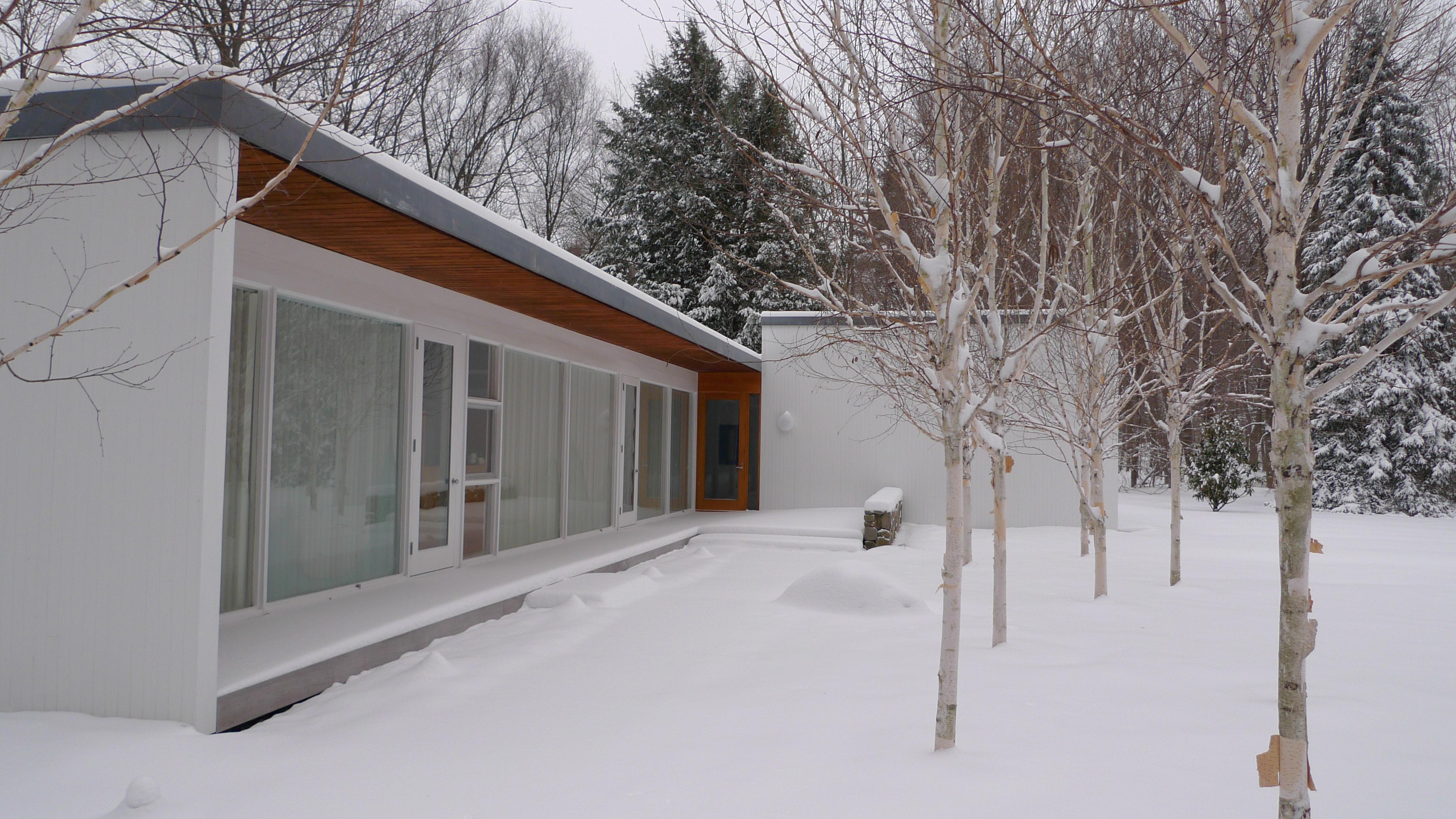the-tatum-house-by-architect-hugh-smallen-1962-photo-by-craig-bloom-snow_