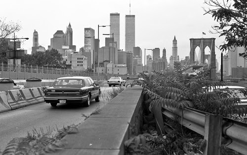 blogTwin+towers+and+Brooklyn+Bridge+1996