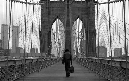 man-on-brooklyn-bridge-1996blog