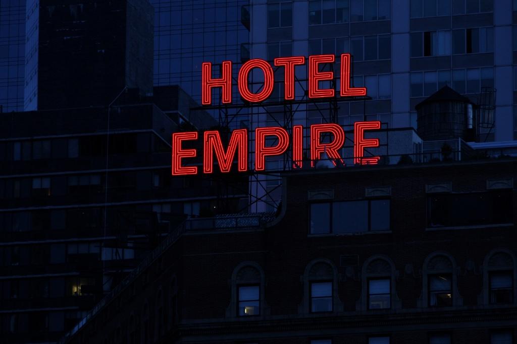 i-29-alt-hotelempire-0194