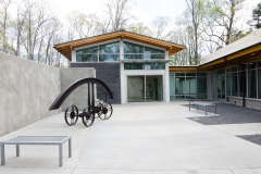 gallery-courtyard