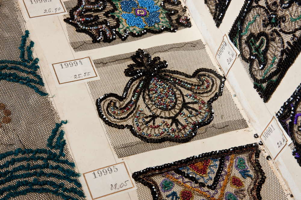 09b_french-lace-sample-book-circa-1890-courtesy-peabody-essex-museum